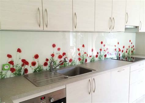 credence de cuisine originale crédence en verre découpé sur mesure righetti