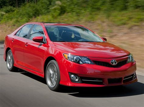Camry hybrid offers a cleaner drive without sacrificing power or style. 2014 Toyota Camry vs. 2014 Honda Accord Used Car ...