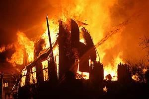Hausversicherung Berechnen : haus abgebrannt und von der versicherung im stich gelassen eas erste allgemeine schadenshilfe ag ~ Themetempest.com Abrechnung