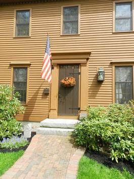 front doors love  house color saltbox houses