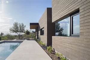 Gallery of Rammed Earth Modern / Kendle Design 14