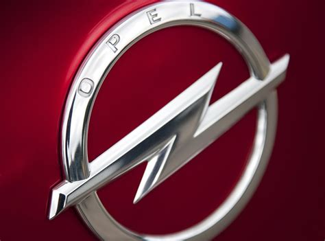 Opel Symbol by Opel Logo Opel Car Symbol And History Car Brand Names
