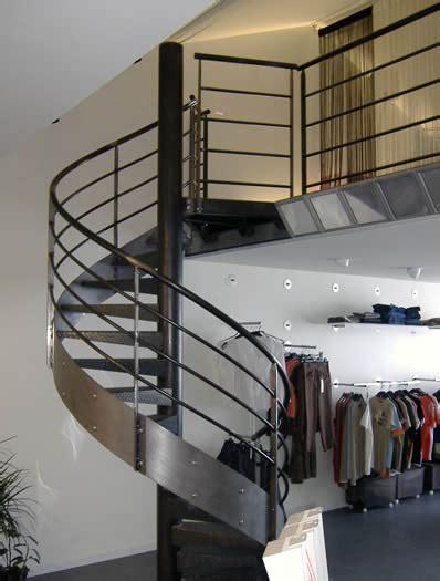 escalier h 233 lico 239 dal sur mesure bo m 233 tal m 233 tallier et ferronnier d