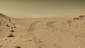 mars rover tracks. guy at nasa drew a dick, didn't ...