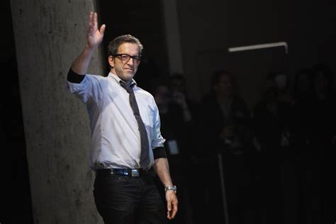 kenneth cole fashion designer kenneth cole returns to new york fashion week with