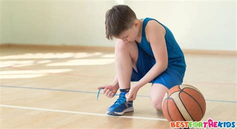 finding   basketball shoes  kids youth