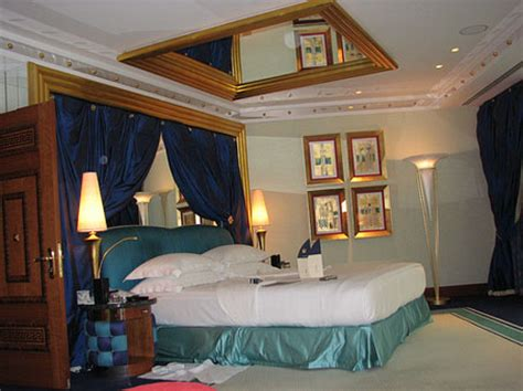 ceiling mirrors bedroom bedroom ceiling mirrors 171 ceiling systems