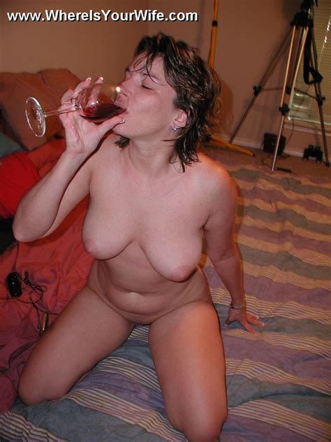 Sexy Amateur Plumper Wife Posing All Naked Xxx Dessert