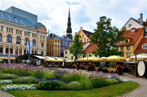Livu Laukums Square, Old Riga Editorial Stock Photo ...
