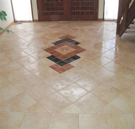 Flur Design Ideen by Floor Tiles Design For Entryway Search