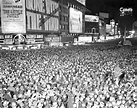 Old Photos of New Year's Eve Celebrations in Times Square ...
