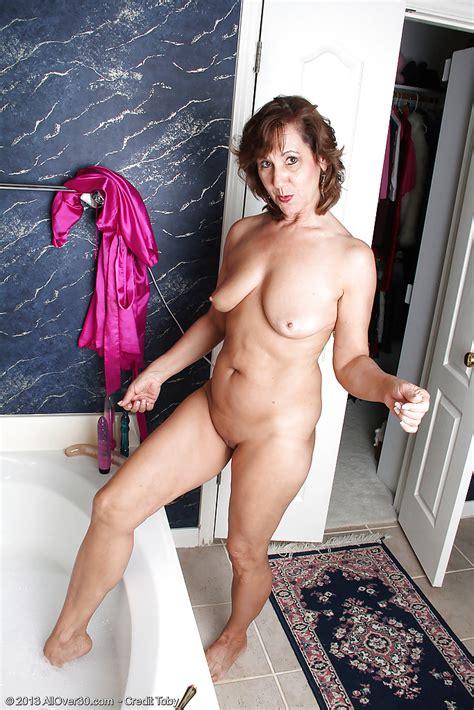 Granny Legs Elle Denay Porn Pictures Xxx Photos Sex