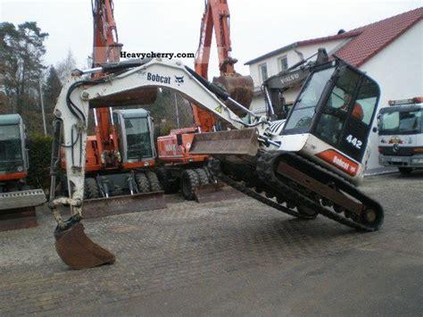 bobcat mini excavator  black tiefloefel built   minikompact digger construction