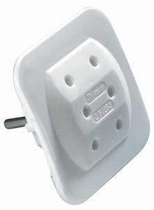 3 Fach Stecker : 3 fach ea ws zwischenstecker 3 fach stecker adapter wei bei reichelt elektronik ~ Frokenaadalensverden.com Haus und Dekorationen