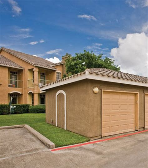 tx apartments with garage photos of our houston baytown apartments in league city