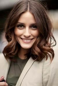 Cheveux Couleur Noisette : marron glac couleur cheveux mi long coupe de cheveux courte jusque les epaules cheveux ~ Melissatoandfro.com Idées de Décoration