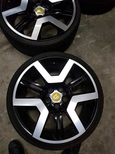 E3 wheels on vz ss ute | Just Commodores