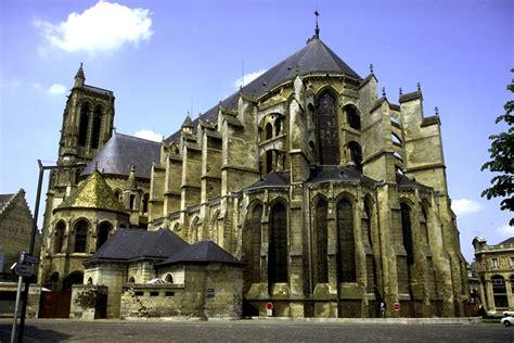le bureau soissons soissons 02 cathédrale idf idp images de picardie