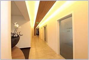 Indirekte Beleuchtung Flur Tipps : indirekte beleuchtung wohnzimmer tipps hauptdesign ~ Bigdaddyawards.com Haus und Dekorationen