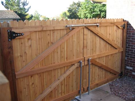 Fence - Gate : Wood And Metal Decor-google Search