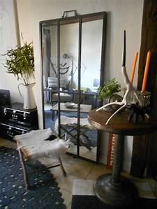je vous ai selectionnee quelques beaux decors dedie aux With porte d entrée alu avec petit sac poubelle salle de bain