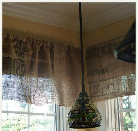 Best 25 Kitchen Valances Ideas On Pinterest Burlap