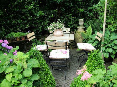 Gartenideen Sitzecke by Verborgene Sitzecke Garten Sitzecke Sitzecken Garten