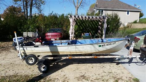 Fishing Boat Motor And Trailer by 14 Aluminum Fishing Boat W Trailer 8hp Motor And