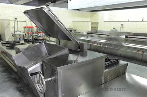 Mm E Q U I P M E N T S  Commercial Kitchen Equipments