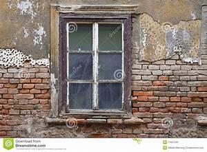 Fenster Preise Kroatien : altes fenster stockfoto bild von holz fenster ~ Michelbontemps.com Haus und Dekorationen