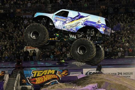 monster truck show south florida orlando florida monster jam january 25 2014 hooked