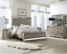 Bedroom Furniture Images Pulaski Furniture Accents Display Cabinets Bedroom Dining Curios