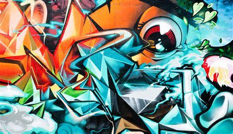 yeda design il du cyclone graffiti 82 50 euros