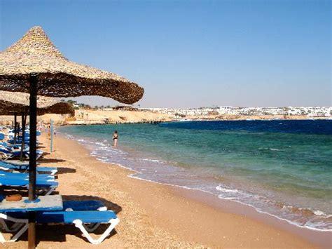 Private Beach Area - Picture of Sultan Gardens Resort