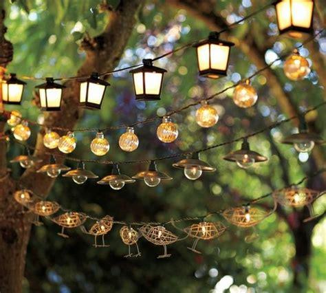 guirlande lumineuse jardin beaucoup d id 233 es d 233 co avec la guirlande lumineuse boule