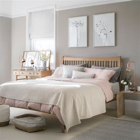 cozy bedroom in grey with beautiful home decorations the 25 best bedroom ideas ideas on pinterest apartment bedroom decor small bed room ideas