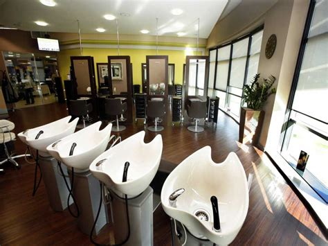 Salon Design Ideas With Fancy And Modern Decorating Themes