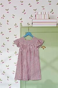 Home Style Tapete : kinderzimmer lilleby 2655 vlies tapete mit kirschen in rot und gr n auf altwei home style ~ A.2002-acura-tl-radio.info Haus und Dekorationen