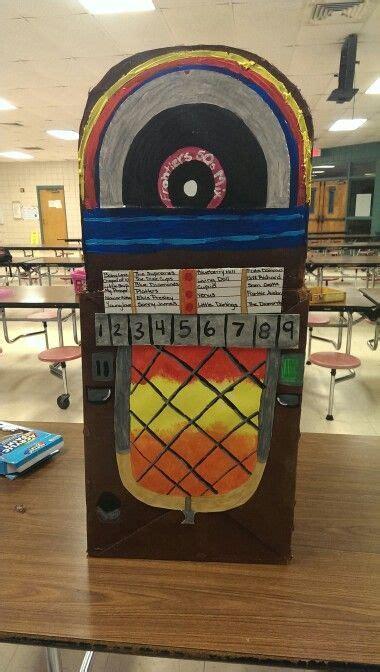 cardboard jukebox     open house teacher craft