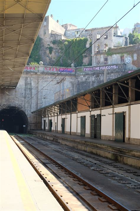 Trains From Lisbon To Porto by How To Travel From Lisbon To Porto By Helen On