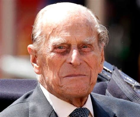 How Tall is Prince Philip - How Tall is Man?