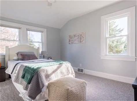peaceful guest  kids bedroom benjamin moore sterling
