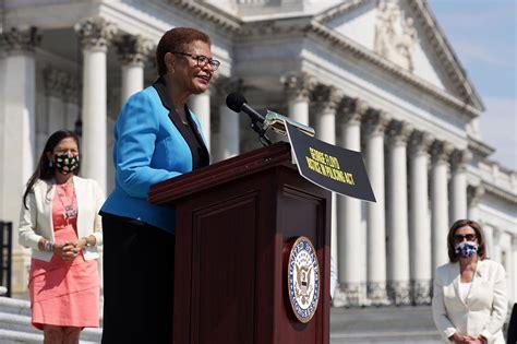 Florida Democrats recoil at Karen Bass VP float - POLITICO
