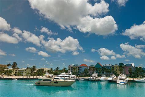 Bahamas Boat Charter by Bahamas Yacht Charter The Guide Chamberlain Yachts