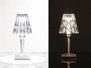 Tischlampe Mit Batterie : battery tischlampe kartell online auf bestellen ~ Buech-reservation.com Haus und Dekorationen