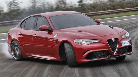 Video Alfa Romeo Giulia Quadrifoglio Reclaims Nurburgring