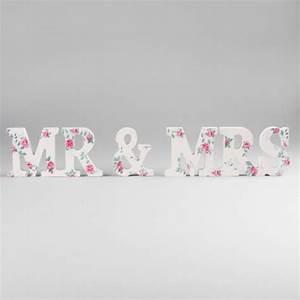 Mr Mrs Deko Buchstaben : dekofieber online shop buchstaben mr mrs flower print pink rosa ~ Markanthonyermac.com Haus und Dekorationen