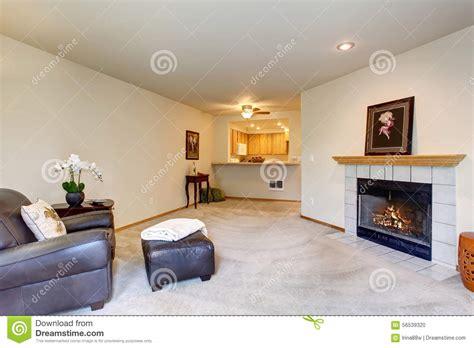 canapé aubagne salon moderne encuir