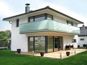 balkone aus glas balkone aus aluminium und glas edelstahl balkongelaender balkon bausatz gelaender stuetze pictures