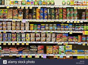 Organic food products on grocery store shelves Stock Photo ...